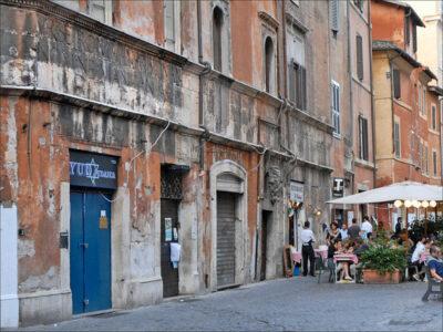 Roma-ghetto_casa-lorenzo-manlio