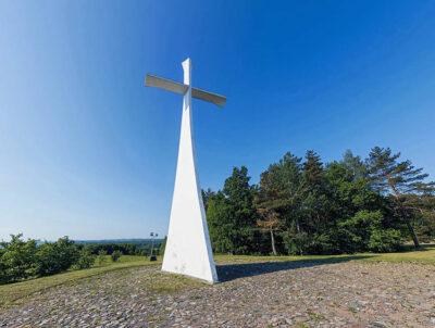 viaggio spirituale in Lituania La Croce della Resurrezione