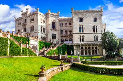 Castelli nel Vecchio Continente Castello-di-Miramare-Italia