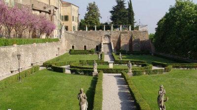 Giardini-di-Palazzo-Gonzaga-a-Volta-Mantovana