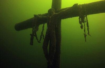 viaggio spirituale in Lituania la Croce sommersa