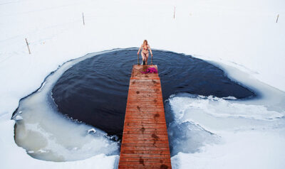 Bagno-nel-lago-ghiacciato ice swimming