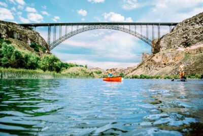 Paddle-Boarding-Canoeing-near-Perrine-Bridge-Twin-Falls-Idaho