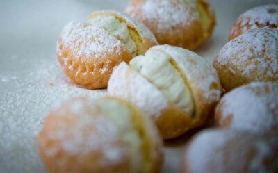 dolci-friulani-crostoli-e-strucchi