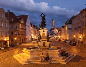 Maximilianstrasse nella città vecchia