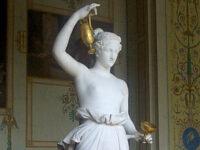 La scultura di Ebe di Antonio Canoca conservata all'Ermitage a San Pietroburgo