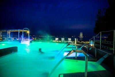 Grand Hotel Terme Piscina notturna