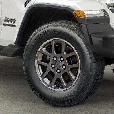 Jeep-Wrangler-80th-anniversary-alloy-wheels