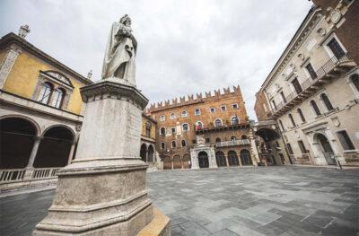 Scaligeri Verona-statua-di-dante