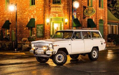 Jeep modello Wagoneer