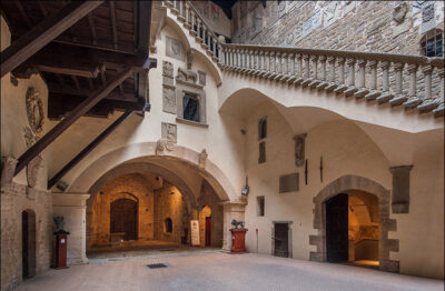 castello-poppi-ingresso-nel-castelllo