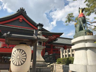 La volpe guardiana del tempio e messaggera di Inari al santuario Fushimi Inari Taisha (ph. b. andreani © mondointasca.it)