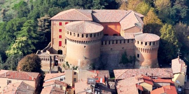 La Rocca di Dozza con vista dall'alto
