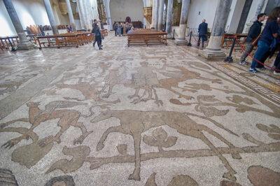 Otranto-Cattedrale-pavimento-con-mosaico-della-vita