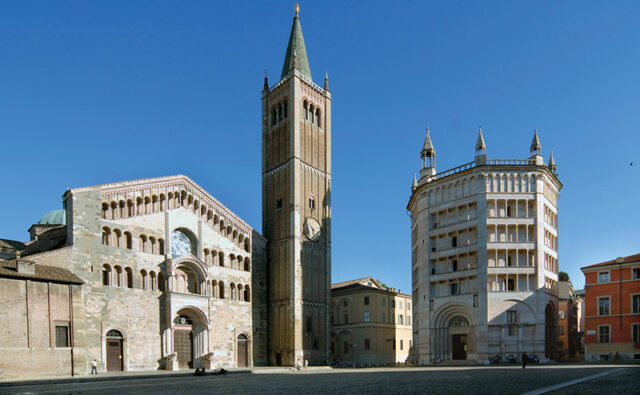 rilanciare il turismo Parma-Piazza-Duomo