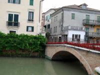 Adria, ponte sul Canal Bianco (foto p.ricciardi © mondointasca.it)