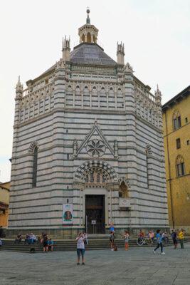 Pistoia Battistero di San Giovanni in Corte (2021 © emilio dati - mondointasca)